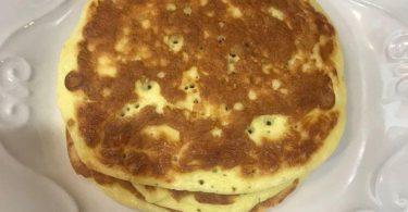 3-Ingredient Cream cheese pancake