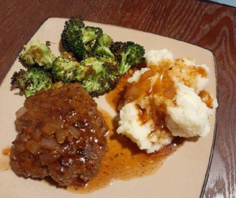 How To Make Classic Salisbury Steak